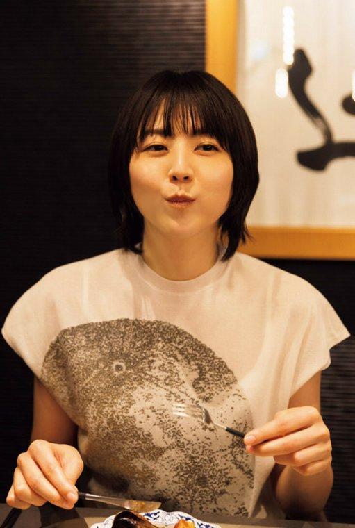 東京カレンダー』よりおいしそうに食べる姿がかわいい長澤まさみ